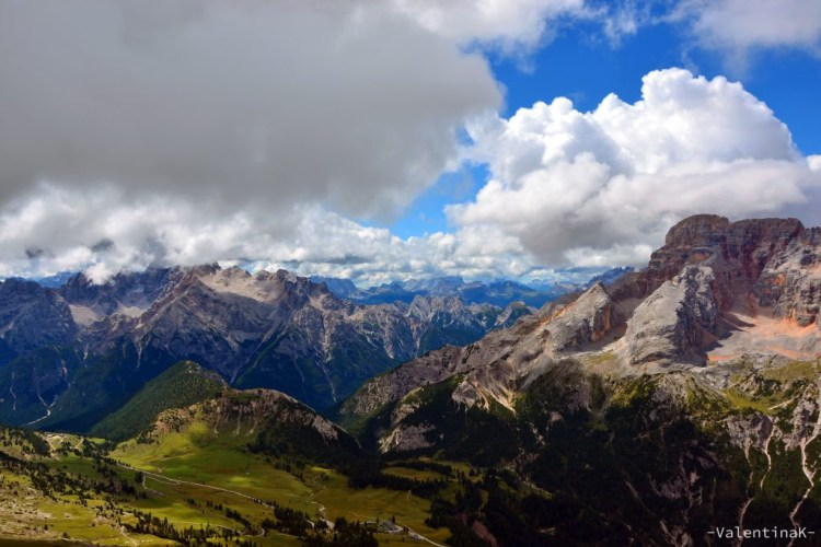 La Croda Rossa vista dal sentiero per il Picco di Vallandro