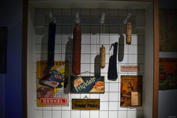 salsicce appese al museo del castello di bratislava