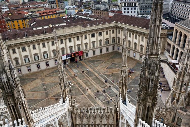 panorama su palazzo reale dai tetti del Duomo