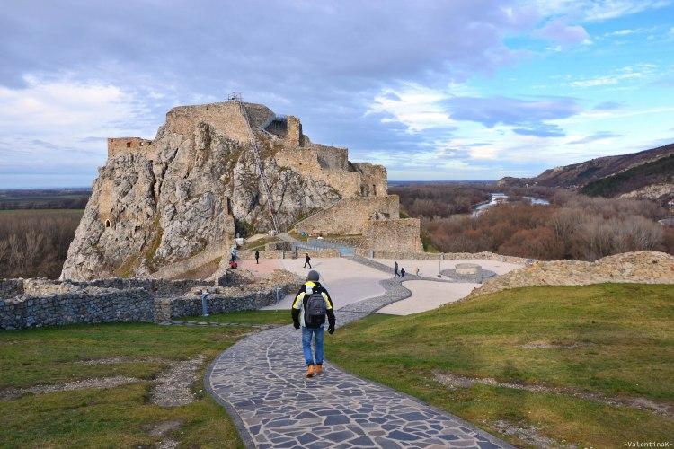 castello di Devín: avviandosi verso la parte più alta del castello