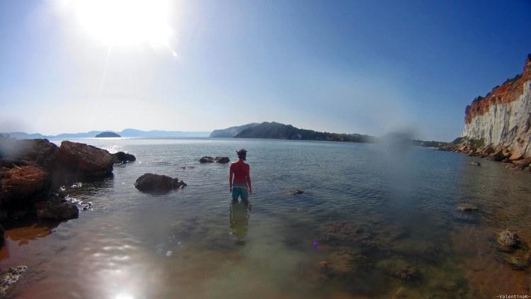 Undici spiagge imperdibili sull'isola di Zacinto: mattia approdato alla caletta segreta di gerakas