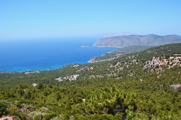 sei esperienze imperdibili da vivere sull'isola di Rodi: panorami meravigliosi dell'isola