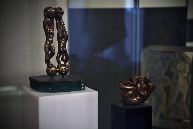 cosa fare a bratislava: statuine del museo in bronzo