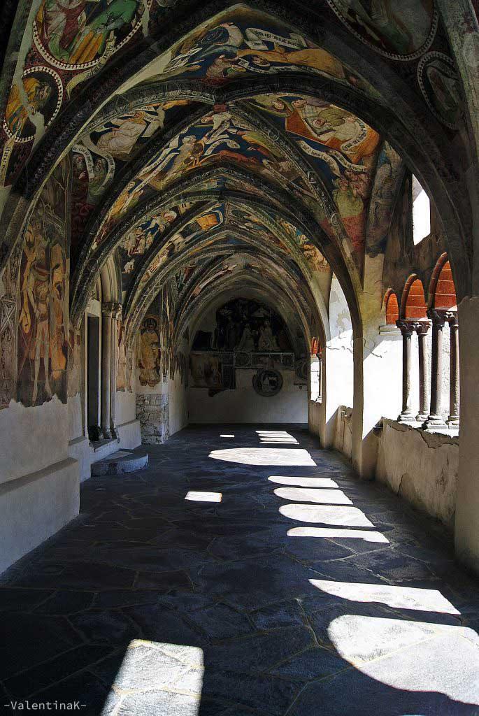 gli affreschi del chiostro del duomo di Bressanone