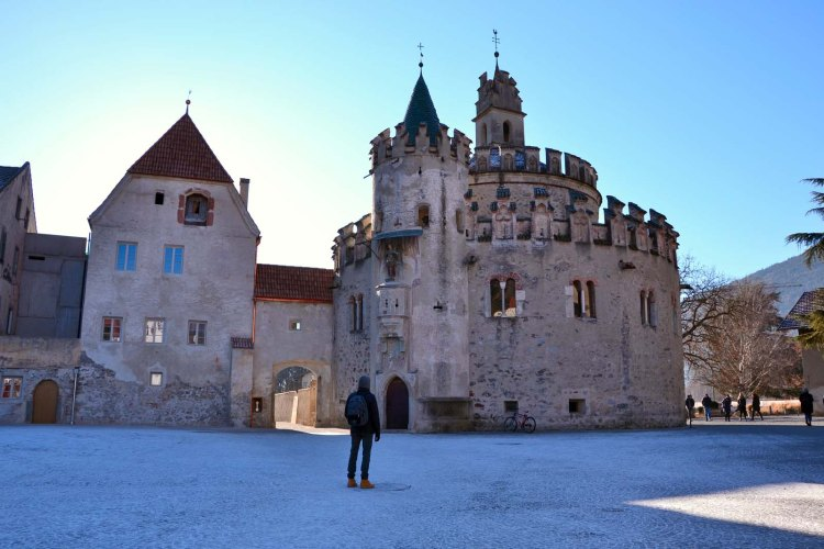 da Bressanone all'Abbazia di Novacella a piedi: il castello dell'angelo