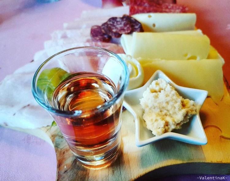 cucina pusterese: il tagliere con la merenda pusterese, servito all'alpenhotel ratsberg