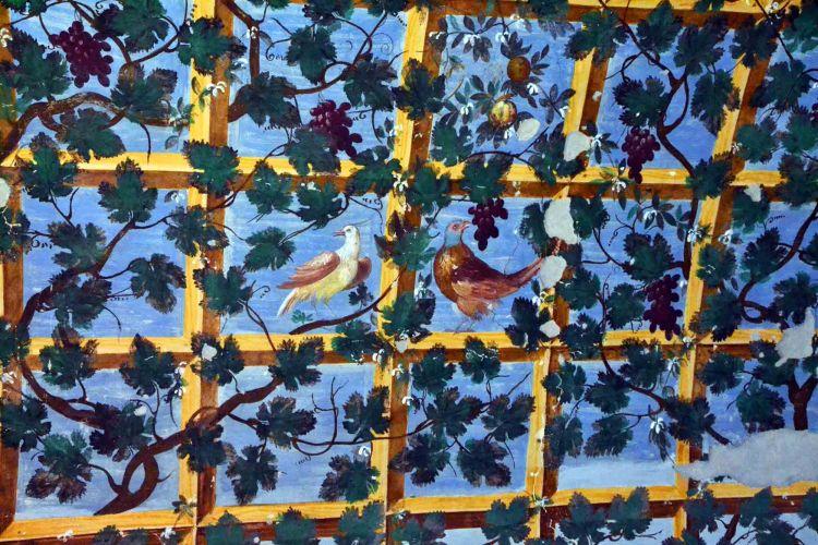 dettagli degli affreschi del castello di torrechiara