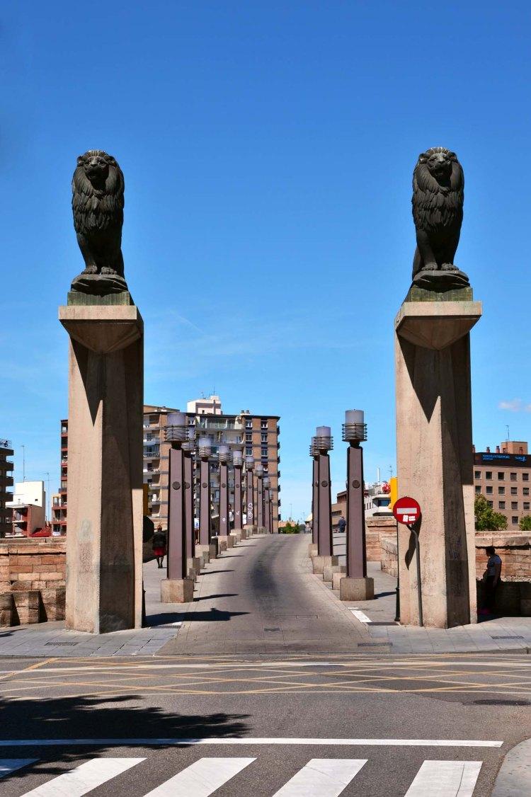 cosa vedere a saragozza in un giorno: il puente de piedra