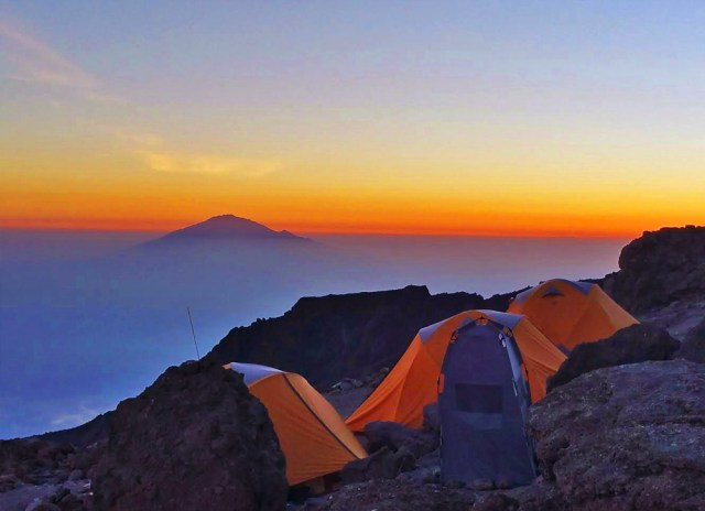 10 DAYS KILIMANJARO TREKKING AND WILDLIFE SAFARI.