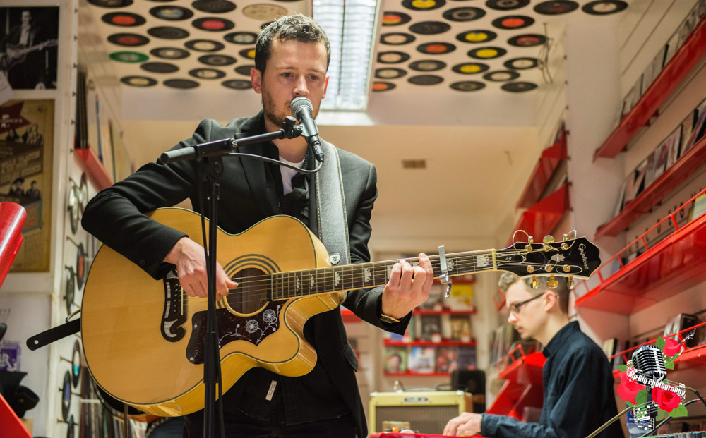 Shane Joyce, in store at Rollercoaster Records, Kilkenny. Photo: Ian McDonnell/Mc Gig Photography