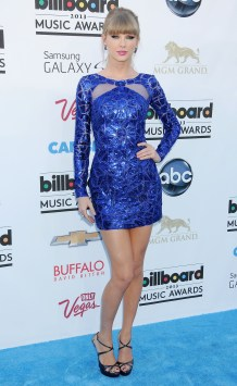 taylor-swift-billboard-music-awards-2