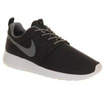Nike €85.29 - Roshe Run Black Cool Grey White http://www.office.co.uk/view/product/office_catalog/5,21/2014703952