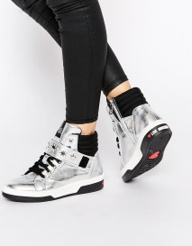 Love Moschino €330.89 - Silver Patent Leather Hi Top Trainers http://bit.ly/1MnJ2kP