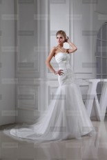 Fanny Crown €429 - Charming Sweetheart Long White Wedding Dress http://bit.ly/1xyFC7D