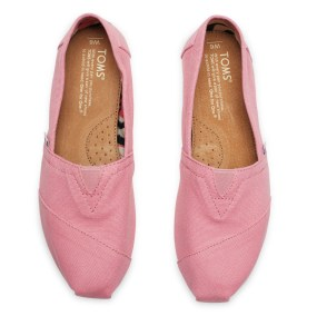 TOMS €47 - Pink Icing Canvas Women Classics http://bit.ly/1MT0HQU