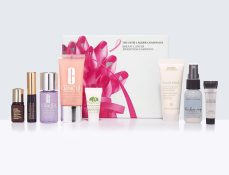 Estée Laduer £20 - Breast Cancer Awareness Beauty Box http://bit.ly/2efMNDw