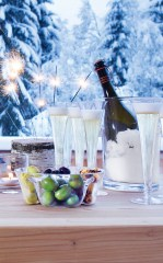 Brown Thomas, €52 - LSA Prosecco Serving Set http://www.brownthomas.com/living/table-top/glassware-barware/prosecco-serving-set/73x2404xg133500301.html