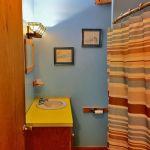 Right Unit: Upper Bathroom