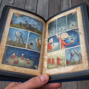 s3_box_book_open2_1024x1024