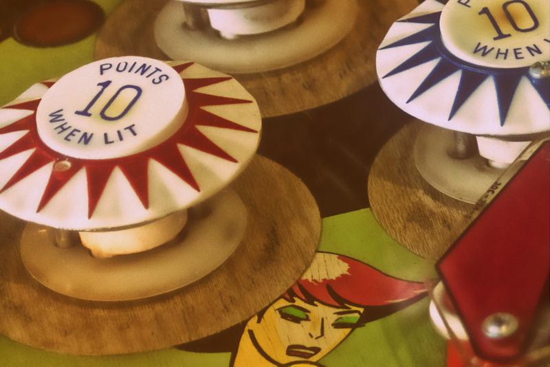 1-pinball_bumpers