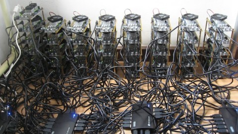 bitcoin-fpga-mining-rig.jpg-