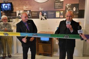 Phil Savenick and Moses Znaimer cut the ribbon at MZTV Museum of Television & Archive official opening night October 11, 2018