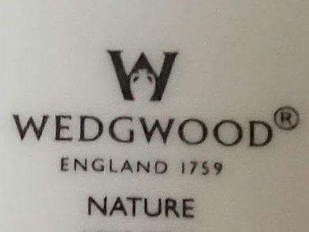 ウェッジウッド ポートランドの壺