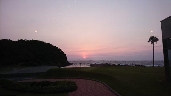 ALEGA軍艦島の日没風景