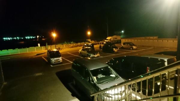 ALEGA軍艦島 夜更けの駐車場