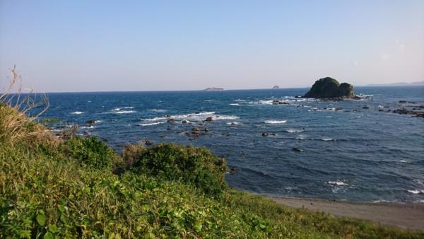 野母崎から見える軍艦島