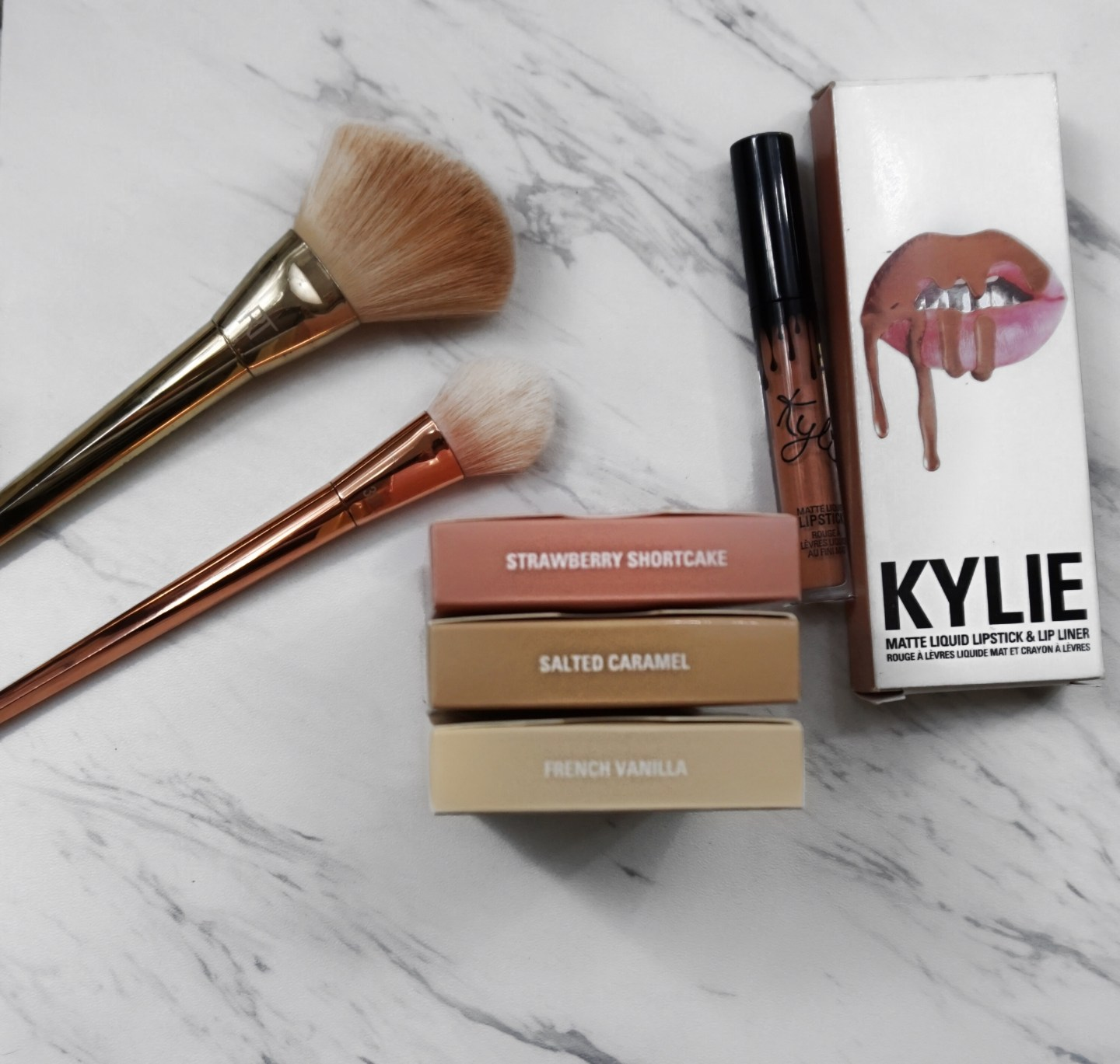 Kylie Kylighter Review & Giveaway