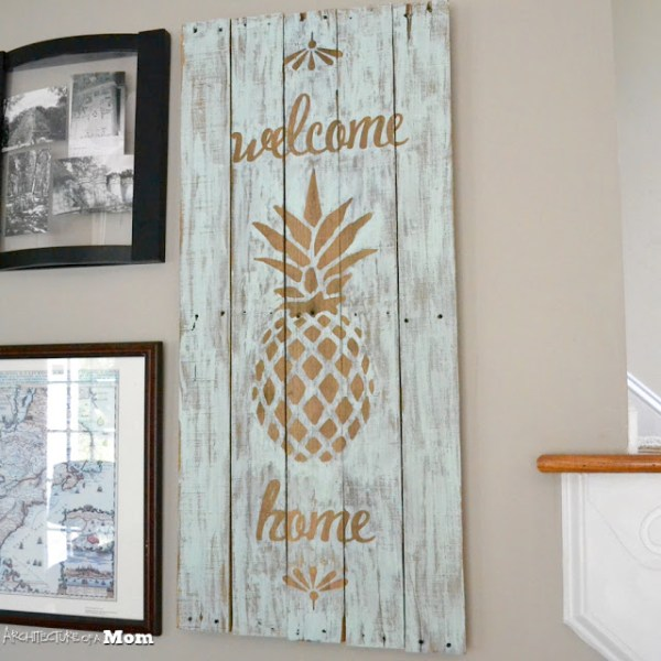 10+ Yummy Pineapple Projects | www.kimberdawnco.com