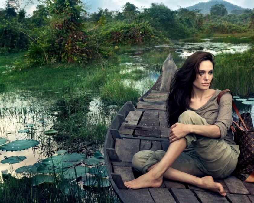 actress angelina jolie modelling louis vuitton bag campagn core values