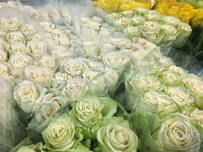 nyc flower market ombre roses white yellow green