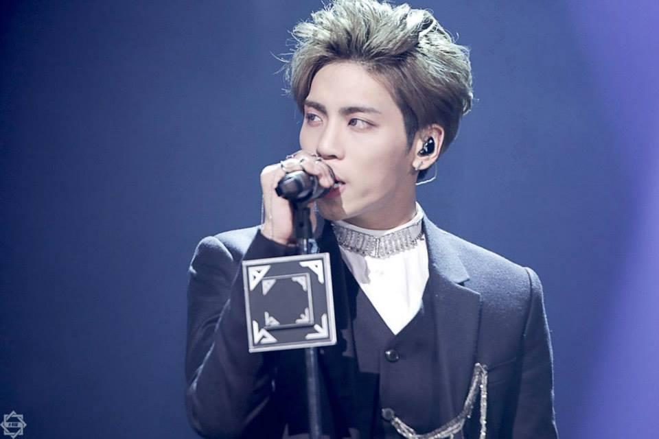 Resultado de imagem para SKETCHBOOK jonghyun