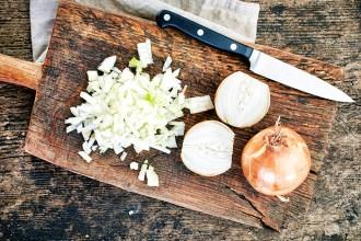 How to chop an onion | Kim D'Eon