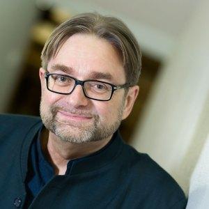 Säveltäjä Eero Hämeenniemi