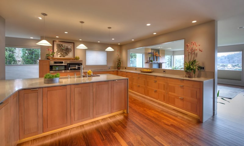 Eagle Harbor, kitchen