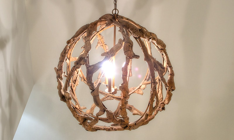 Chandelier, Wing Point