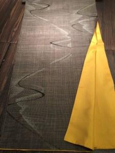 泥染め大島紬流水柄八掛付き