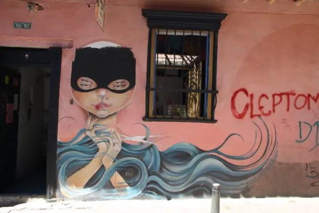 Graffiti bij de kapperszaak in Bogota