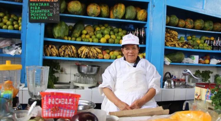 Marktkoopvrouw Yolanda op de markt in Ayacucho
