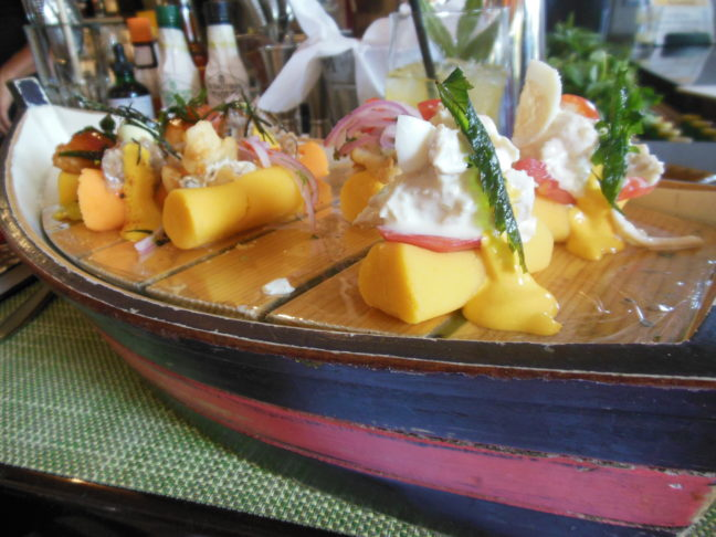 Causa bij restaurant La Mar, Lima
