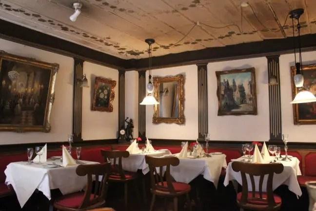 Binnen bij Restaurant Krameramtsstuben Hamburg