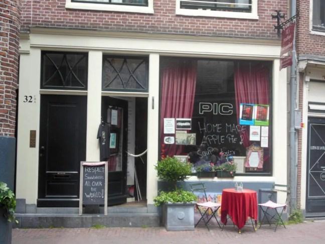 PIC ouwehoer Amsterdam Underground