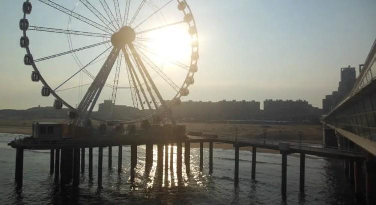 De Pier in Scheveningen zonsopgang