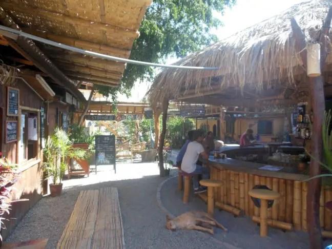 Bar bij Banana's Adventure hostel