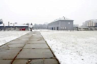 Entree van het concentratiekamp in Niš.