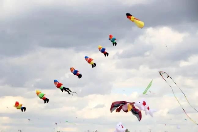 Vliegerfestival op het Tempelhof terrein