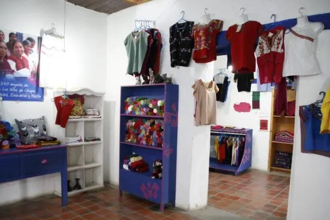 Eén van de textielwinkels in San Cristóbal.